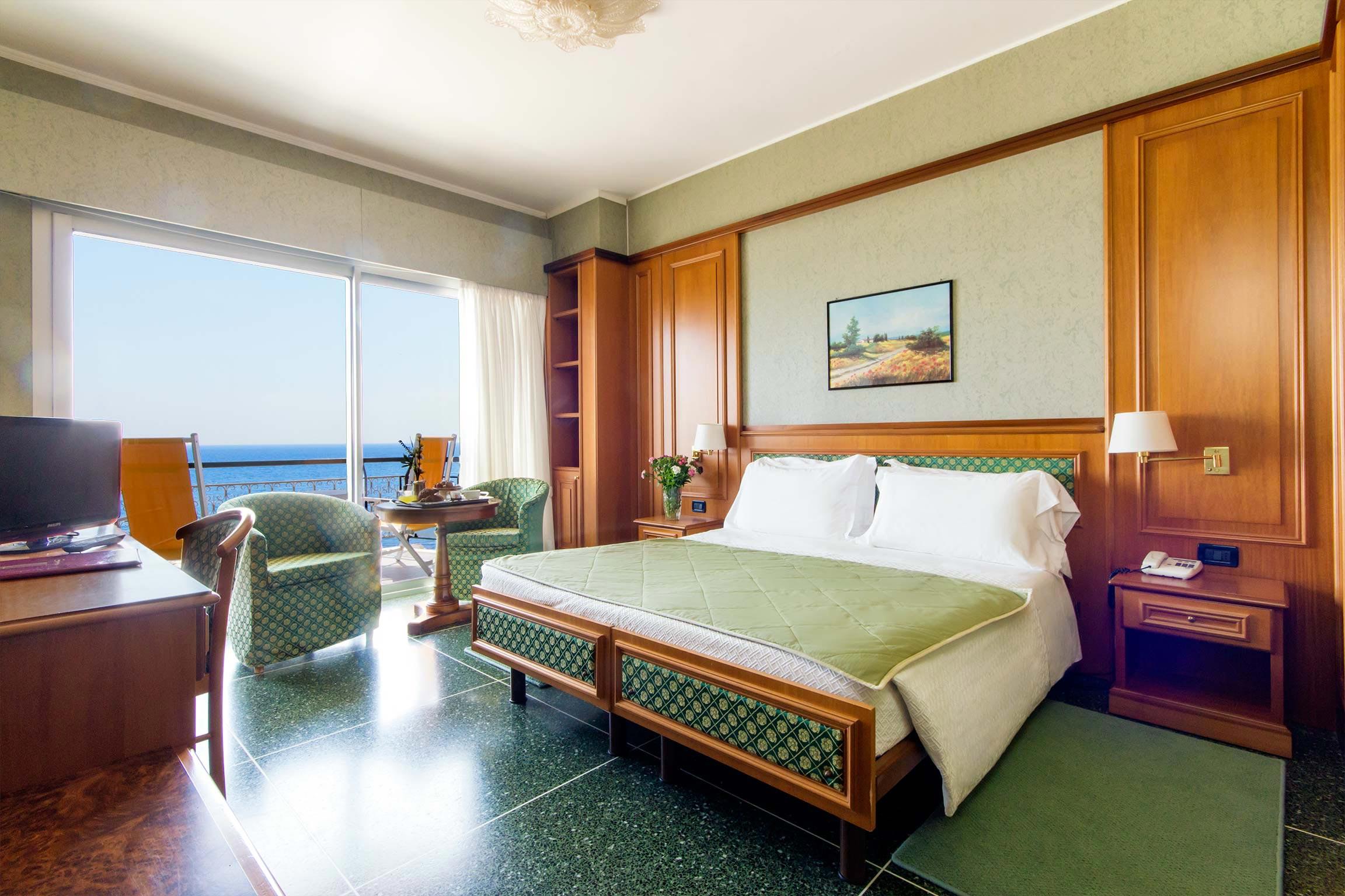 camere hotel diano marina - doppia superior con balcone