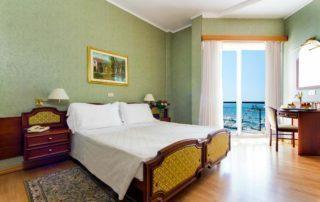hotel a diano marina - doppia vista mare laterale
