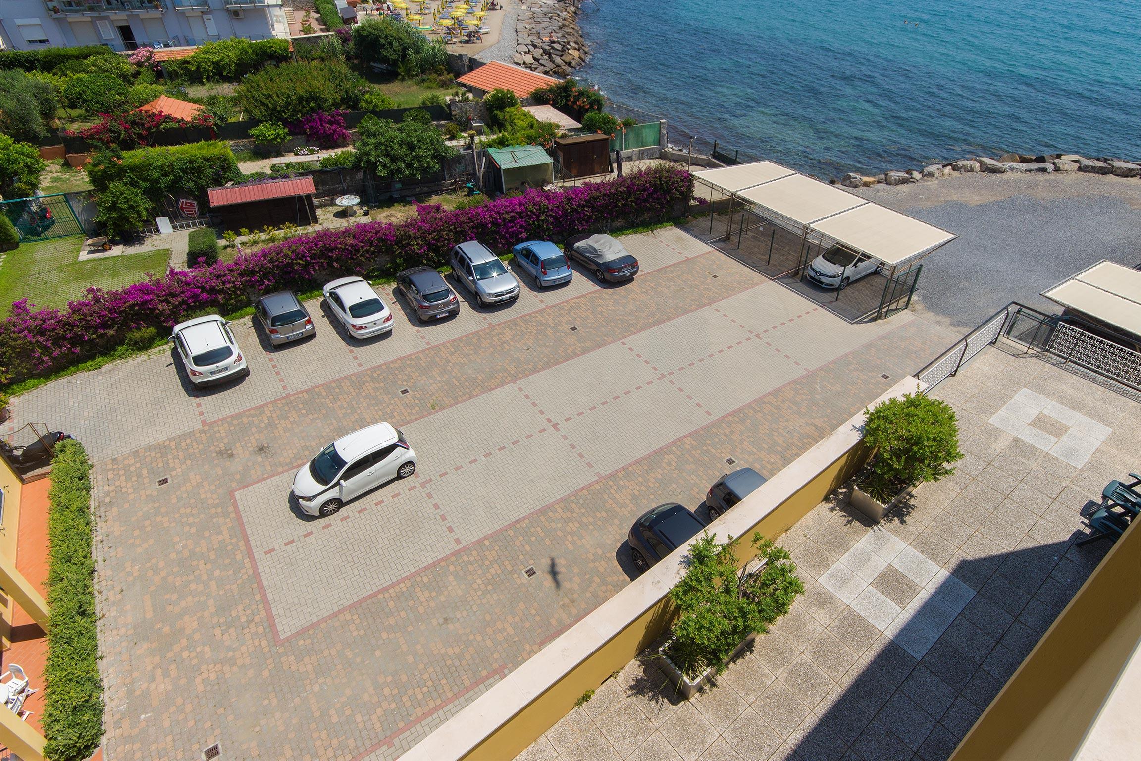 parcheggio a diano marina - vista dall'alto