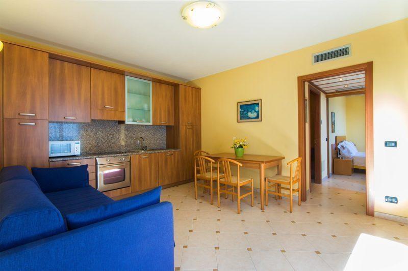 appartamenti a diano marina - cucina